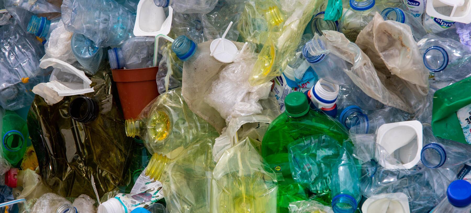 La Botella De Plástico Devuelta Tiene Premio En Portugal