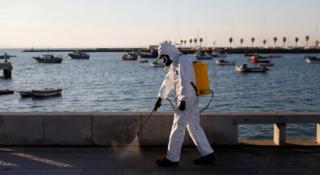 El Misterio De Portugal: En La Frontera Con España, Tiene Muchos Menos Casos De Coronavirus Que Su Castigado Vecino