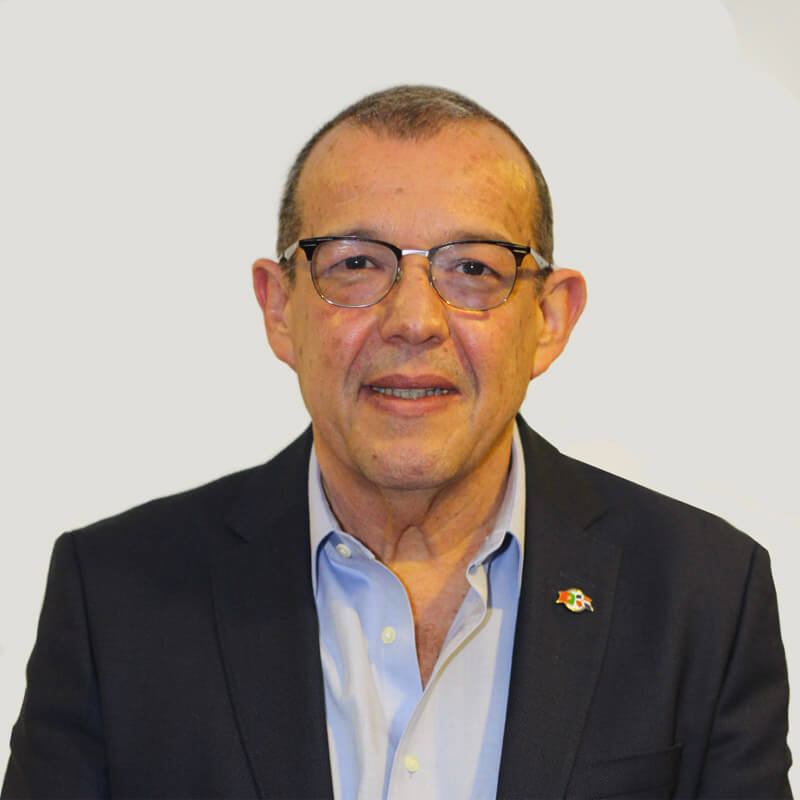 Dr. Ivo Rodrigues